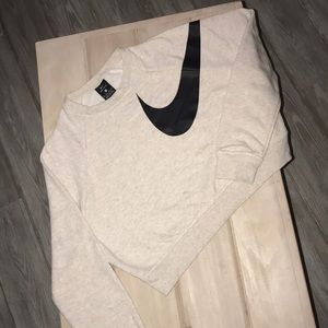 Nike Dry Versa Training Crop Top